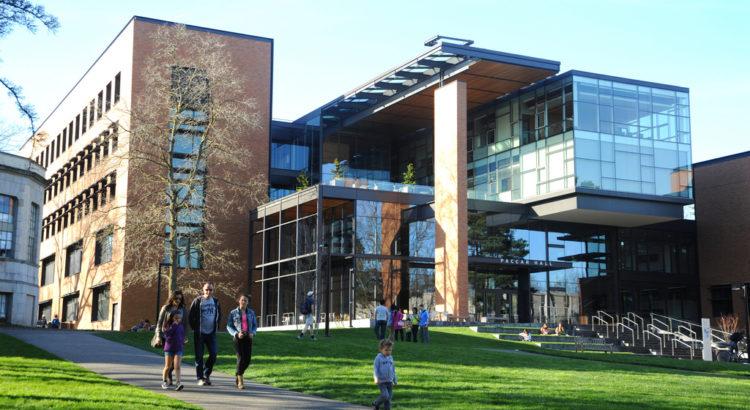 Paccar Hall, Washington University