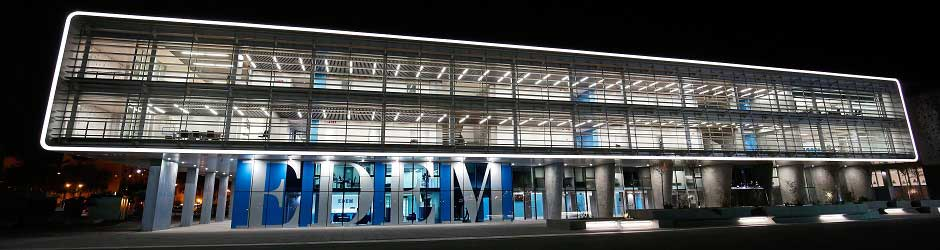 Edificio de la Escuela de Empresarios en Valencia