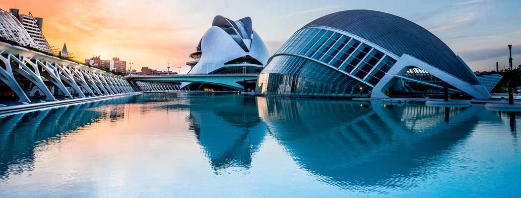 La ciudad de las artes y las ciencias de Valencia les encanta a los estudiantes de máster MBA en Valencia.