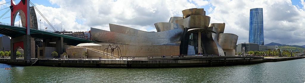 Museo Guggenheim, un lugar del que podrá disfrutar un estudiante de máster MBA en Bilbao.