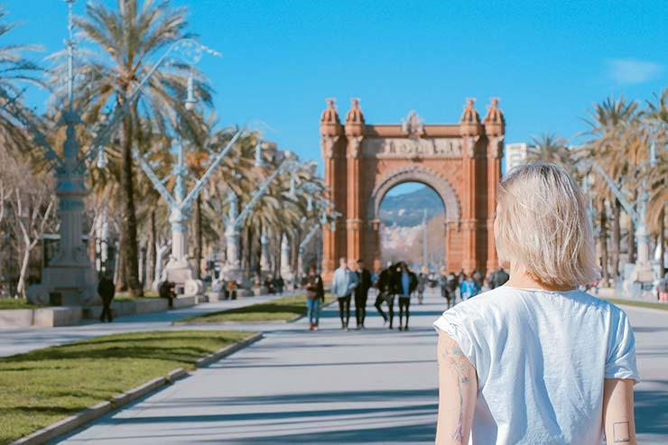Arco del triunfo, un lugar para pasear después de salir de clase de las escuelas de negocios de Barcelona.