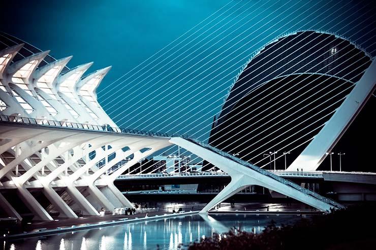 La Ciudad de las Artes y las Ciencias, un gran lugar que visitar para los estudiantes de un Executive MBA en Valencia.