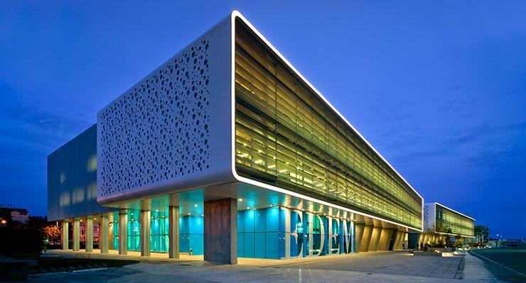Escuela de negocios EDEM en la Marina de Valencia.
