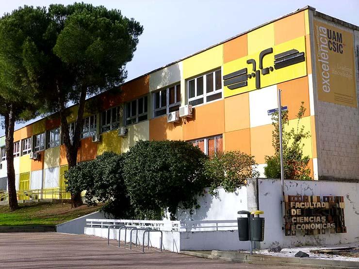 Fachada de la Facultad de Ciencias Económicas de la Universidad Autónoma de Madrid UAM, lugar en el que se imparte su máster MBA